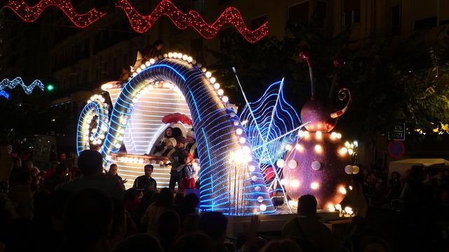 三賢者のパレード「Cabalgata de Reyes」
